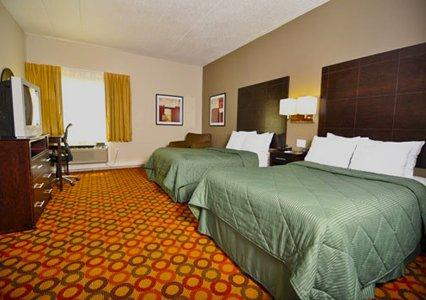 Photo 2 - Comfort Inn Sandusky