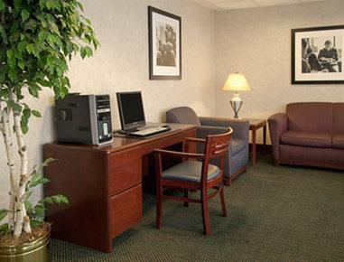 Photo 2 - Baymont Inn & Suites Cincinnati