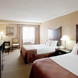 Photo 2 - Holiday Inn Plattsburgh