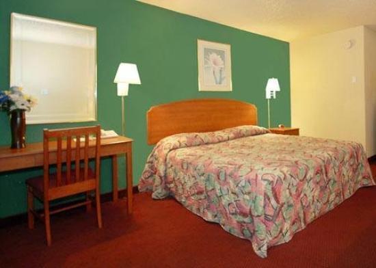Photo 2 - Rodeway Inn near Ft. Sam Houston