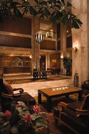 Photo 3 - Omni San Antonio Hotel