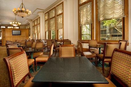 Photo 2 - Drury Inn & Suites Riverwalk