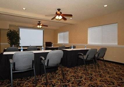 Photo 2 - Comfort Suites Airport North