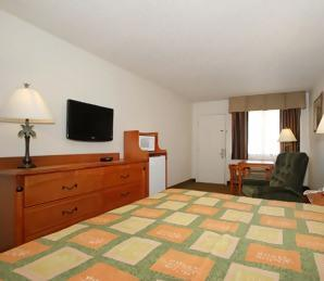 Photo 2 - Baymont Inn & Suites Lubbock West