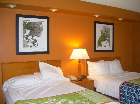 Photo 2 - Fairfield Inn & Suites Laredo