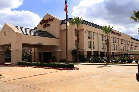 Photo 2 - Hampton Inn - Brookhollow