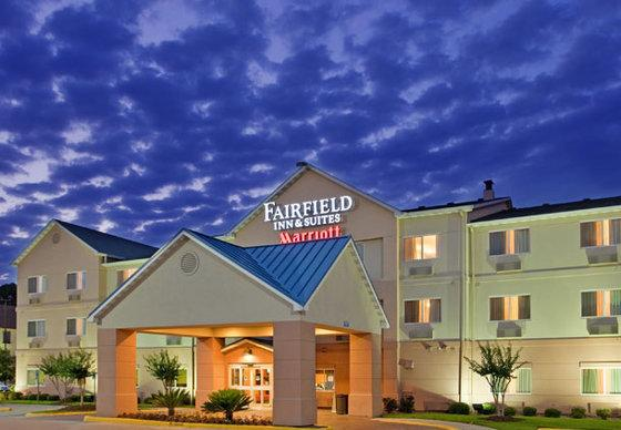 Photo 1 - Fairfield Inn & Suites Houston I-45 North