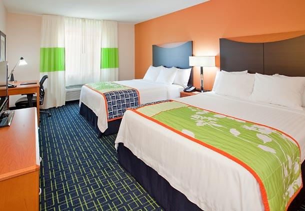 Photo 2 - Fairfield Inn & Suites Houston I-45 North
