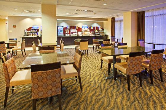 Photo 3 - Holiday Inn Express Murfreesboro Central