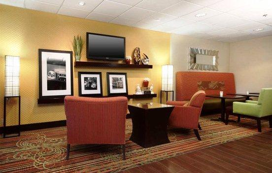Photo 1 - Hampton Inn Walnut Grove Memphis