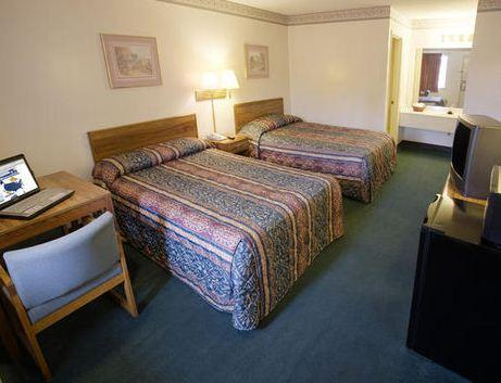Photo 3 - Americas Best Value Inn Chattanooga North
