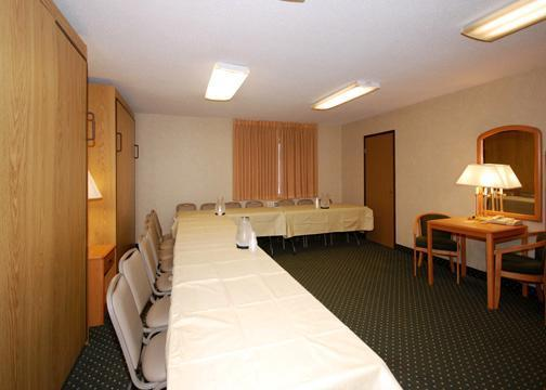 Photo 2 - Comfort Suites Sioux Falls