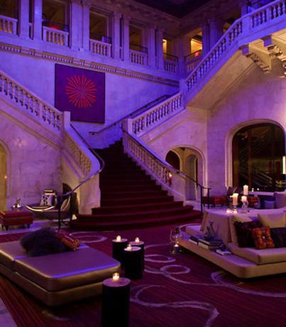 Photo 2 - Renaissance Pittsburgh Hotel