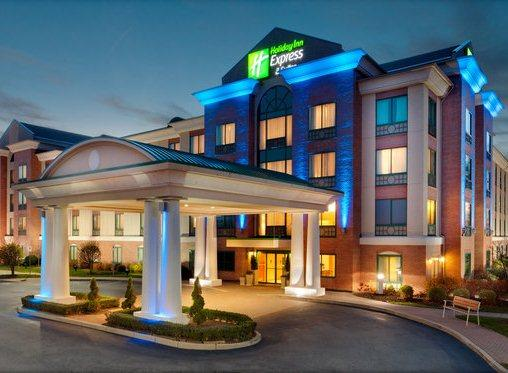 Photo 1 - Holiday Inn Express Warwick Providence