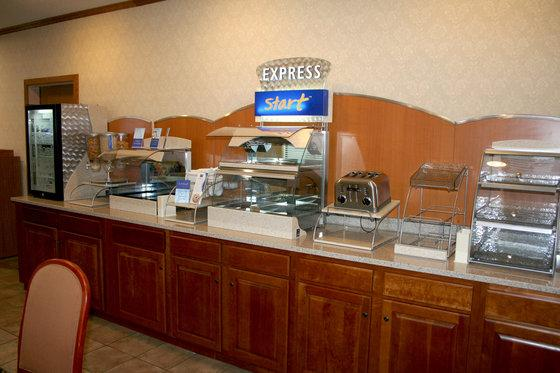Photo 3 - Holiday Inn Express La Porte