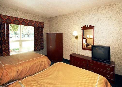 Photo 1 - Clarion Suites Central