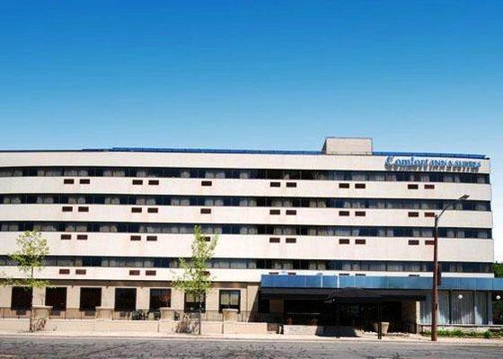 Photo 3 - Park East Hotel