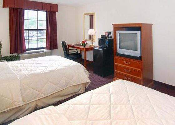 Photo 1 - Comfort Inn Hotel Newport News