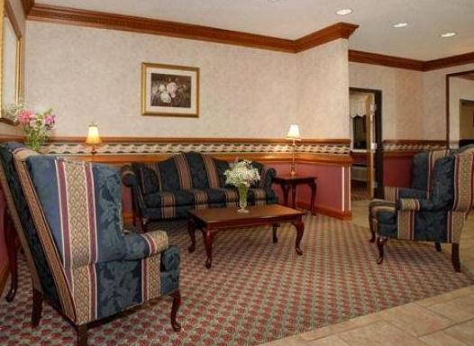 Photo 2 - Quality Inn & Suites Indianapolis