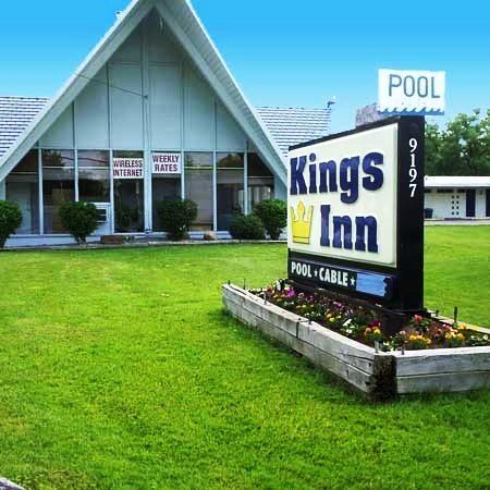 Photo 1 - Kings Inn Cleveland