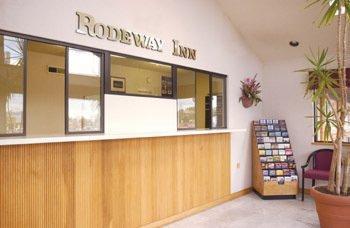 Photo 3 - Rodeway Inn South
