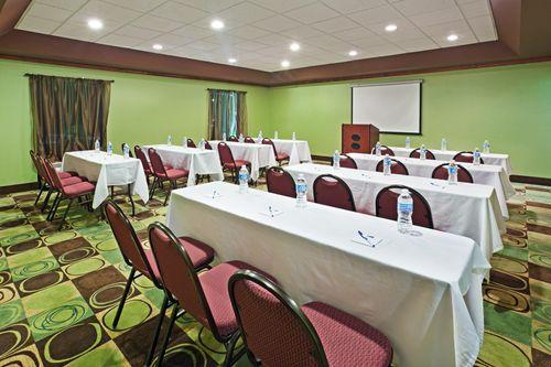 Photo 1 - Holiday Inn Express Hotel & Suites Duncan Greenville Spartanburg