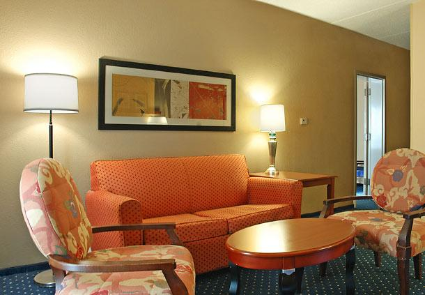 Photo 3 - Courtyard by Marriott San Antonio Downtown/Market Square