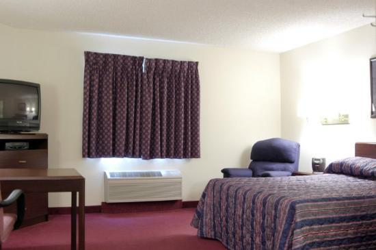 Photo 1 - Hawthorn Suites by Wyndham Salt Lake City-Fort Union