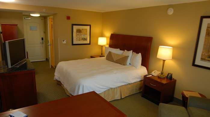 Photo 3 - Hilton Garden Inn Charlottesville