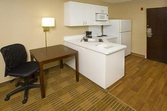 Photo 2 - Extended Stay America Hotel University Durham (North Carolina)