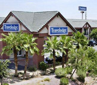 Photo 1 - Travelodge Phoenix 50th Ave.