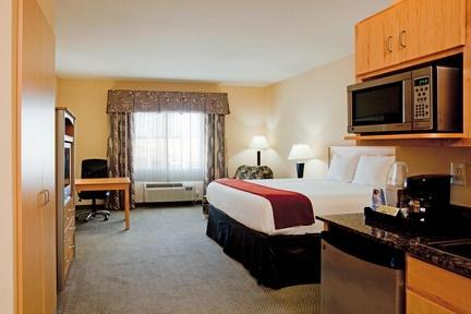 Photo 1 - Holiday Inn Express Hotel & Suites Amarillo