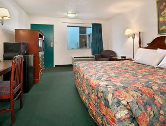Photo 2 - Econo Lodge West Oklahoma City