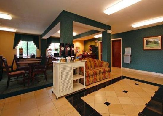 Photo 3 - Quality Inn and Suites Augusta (Georgia)