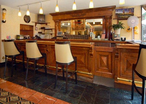 Photo 2 - Clarion Hotel Mansion Inn