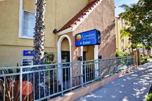 Photo 1 - Comfort Inn & Suites Gardena