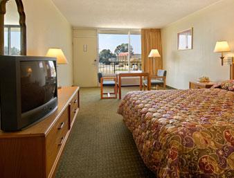 Photo 2 - Ramada Inn Lafayette