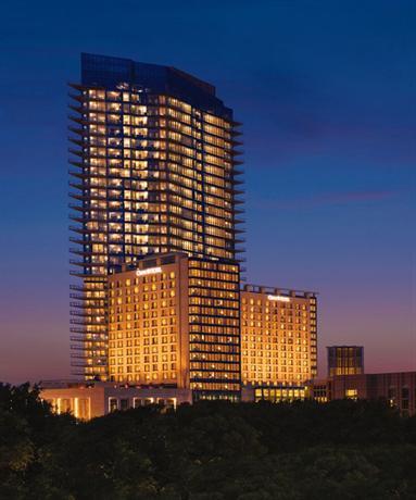 Photo 2 - Omni Fort Worth Hotel