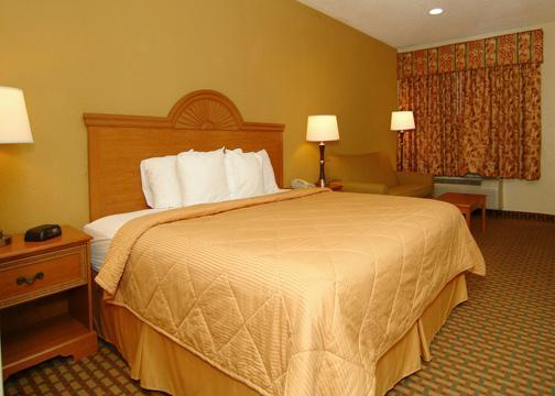 Photo 2 - Comfort Suites Shreveport