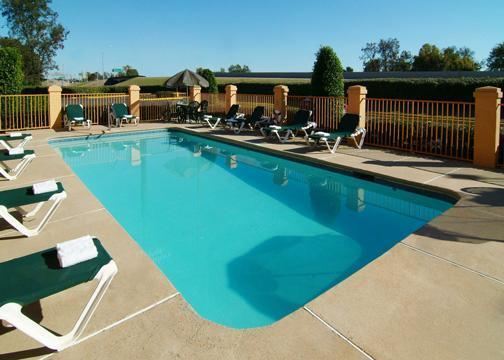 Photo 3 - Comfort Suites Shreveport