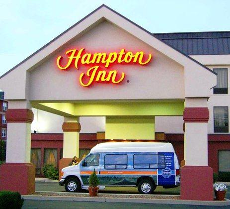 Photo 1 - Hampton Inn Cincinnati Airport-North