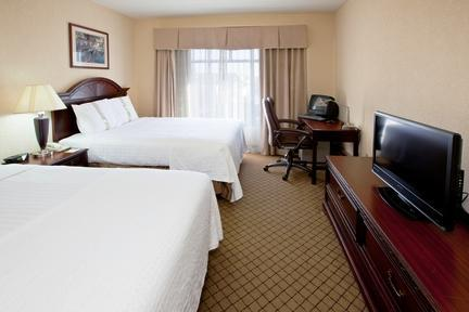 Photo 1 - Holiday Inn Hotel & Suites Huntington (West Virginia)