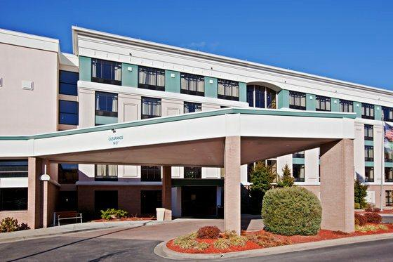 Photo 2 - Holiday Inn Hotel & Suites Huntington (West Virginia)