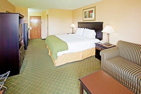 Photo 1 - Holiday Inn Express La Grange