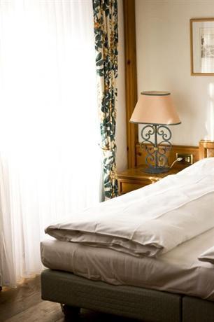 Photo 2 - Bellavista Hotel Zermatt