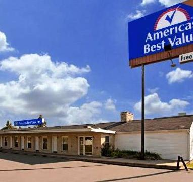 Photo 1 - Americas Best Value Inn - Mayflower