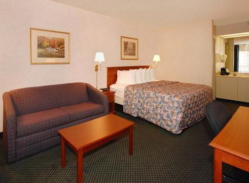 Photo 1 - Super 8 Motel Greenville (North Carolina)