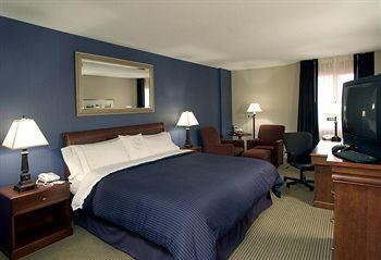 Photo 1 - Sheraton Charlotte Airport Hotel