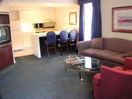 Photo 1 - Hotel Allandale