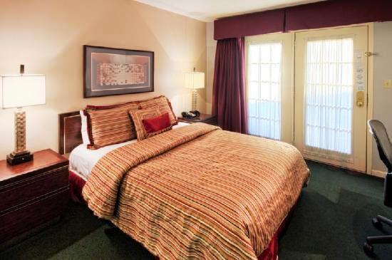 Photo 3 - Hotel Allandale